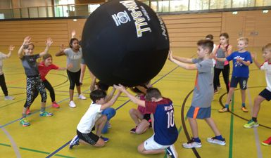 Kin-Ball-Team-Power
